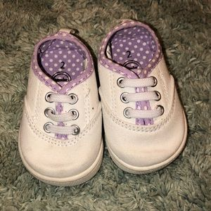 Infant tennis shoes